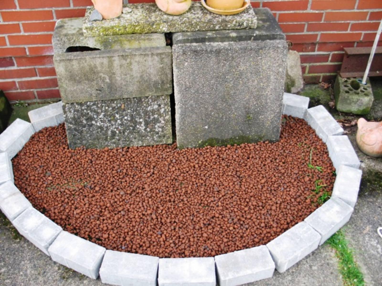 Kräuterspirale-140414-2.JPG